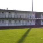 FC ASCHHEIM_ANLAGE_UMKLEIDE_FRONTANSICHT_001